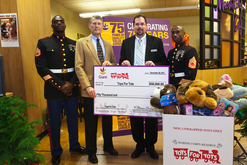 Toys For Tots Foundation Headquarters : Toys for tots md wow