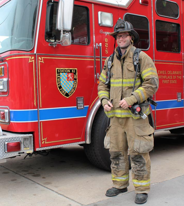 lewes firefighter robbie stephens to run 5k in turnout