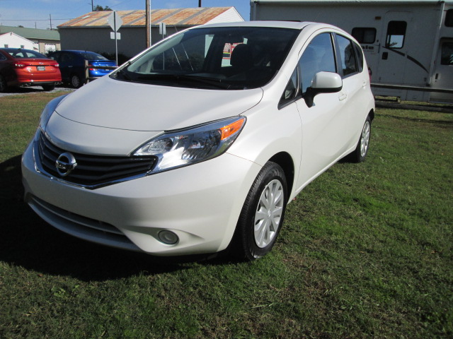 2014 nissan versa note under 10 000 yep we got a nice one. Black Bedroom Furniture Sets. Home Design Ideas