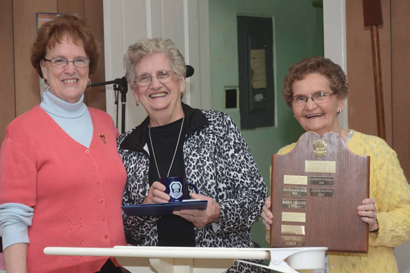 henlopen grange presents 40th community citizens award cape gazette