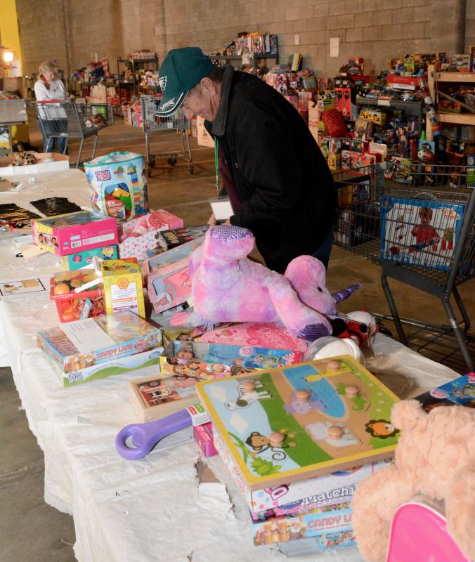 US Marine Corps Reserve host Toys for Tots in Warner Robins