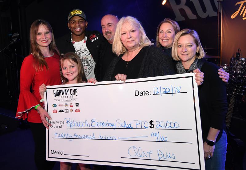 Jimmie Allen raises funds for Rehoboth Elementary