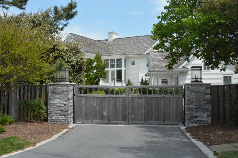 Two presidential candidates have homes in Rehoboth