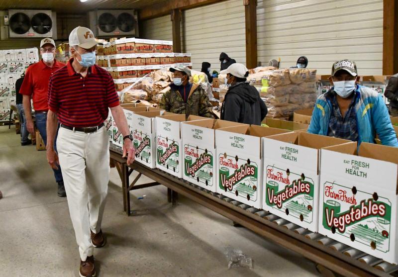 USDA program provides fresh food to families | Cape Gazette