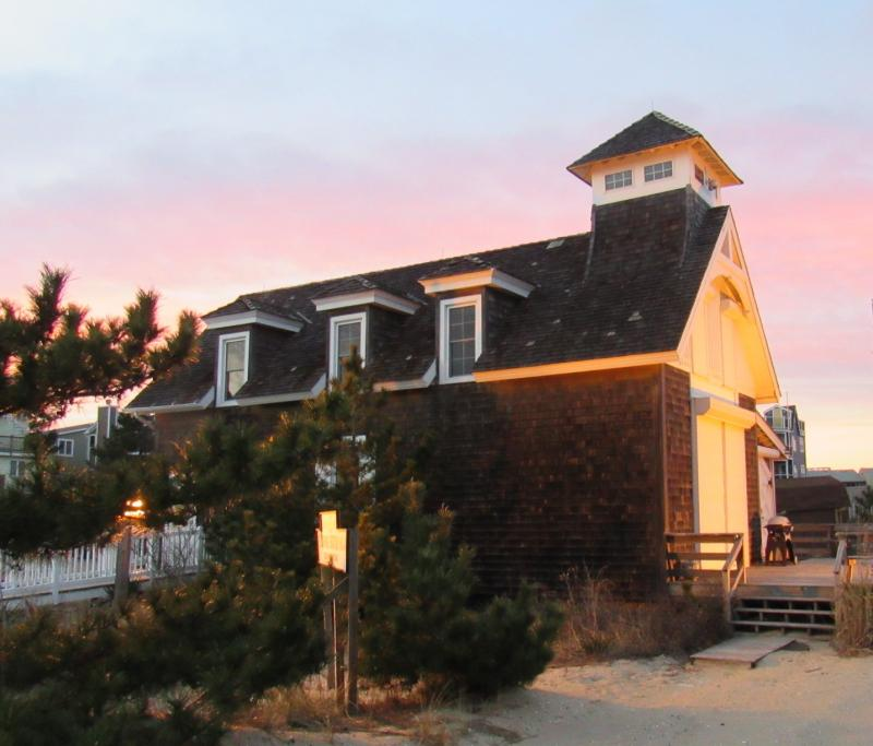 Dewey Lifesaving Station to get new roof