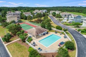 Bethany beach real estate fior sale with pool and tennis