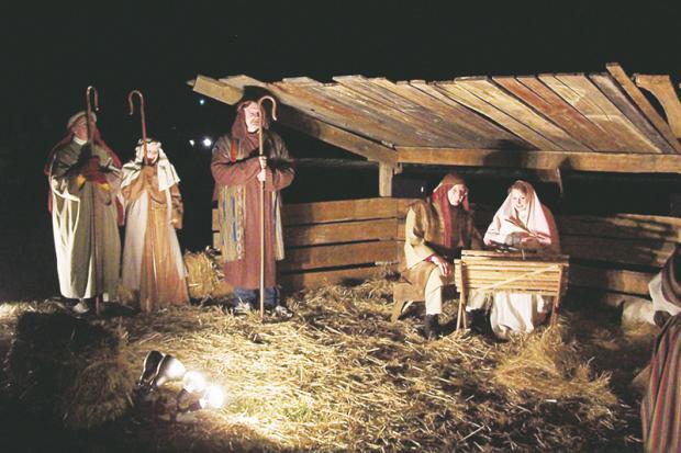 Live nativity set at mariner s bethel church of ocean view dec 14