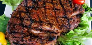 Bone Suckin' Steak Seasoning & Rub